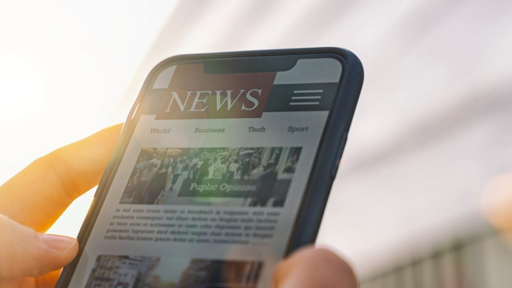 Using a news article for MLA cite website